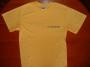 Környakú sárga póló